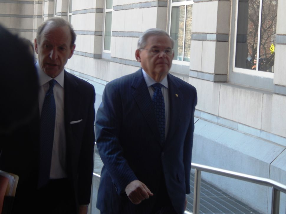 Menendez arrives for first court appearance in corruption case