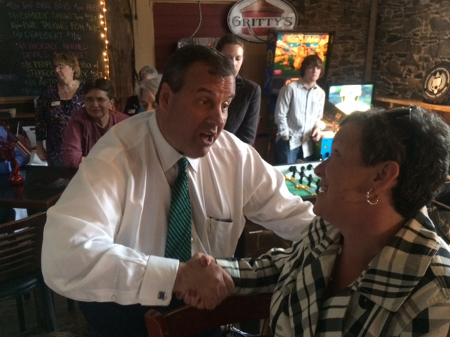 Christie hits retail trail at N.H. tavern stop as locals size him up