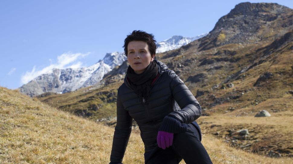 Juliette Binoche Contemplates the Exigencies of Age in 'Clouds of Sils Maria'