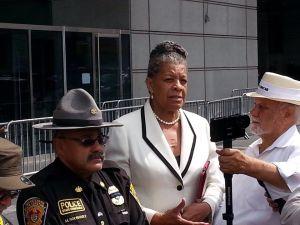 State Senator Ruth Hassell Thompson, center (Photo: Facebook).