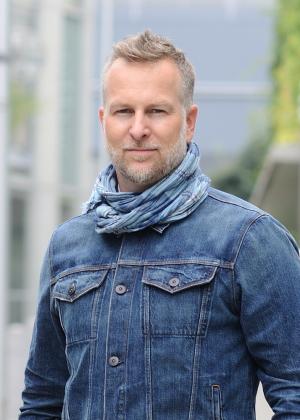 Meet the Denim Expert Making Bespoke Men's Jeans for the Stars
