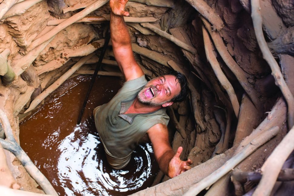 Russell Crowe Makes His Soggy Directing Debut With 'The Water Diviner'
