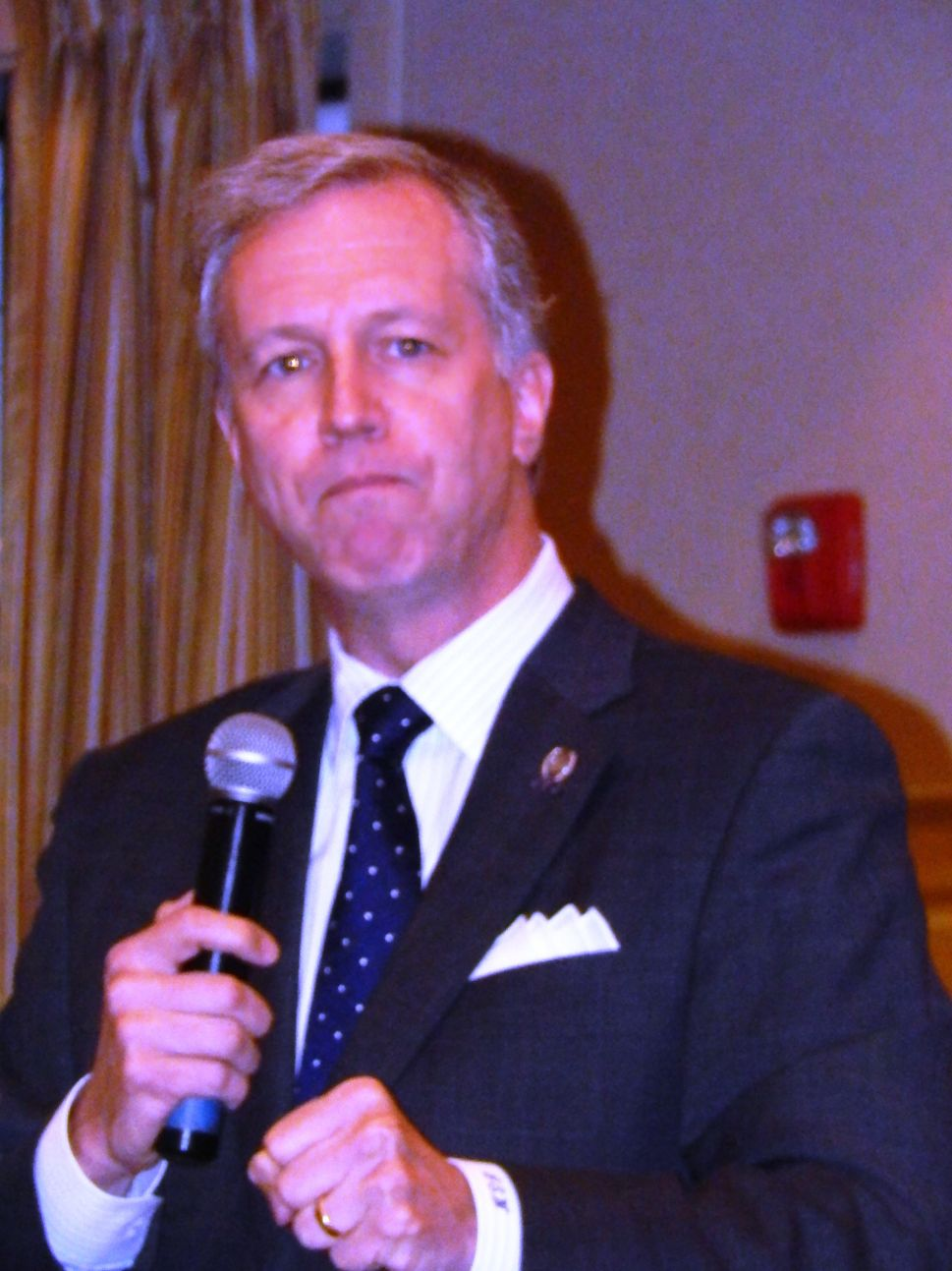 Wisniewski hopes to hear answers to unanswered Bridgegate questions