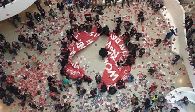Protestors occupied the Guggenheim's Rotunda on May 1, 2015. (Photo: Kyle Goen via Instagram @kyledidthis)