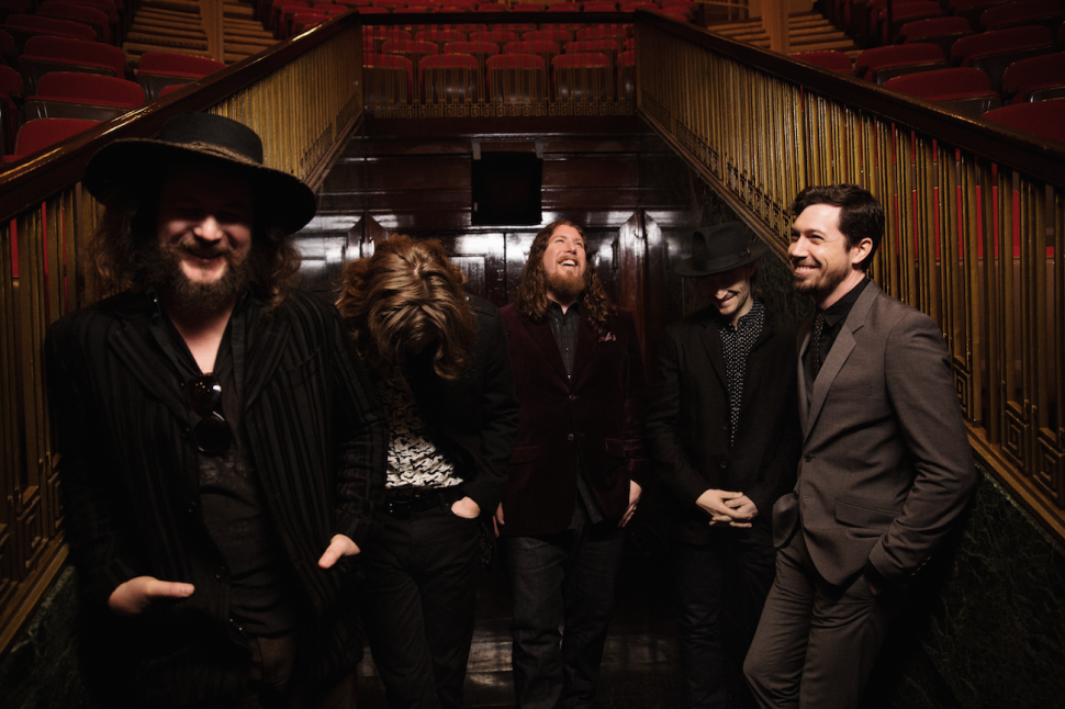 An Inspired Recording Location Reinvigorates My Morning Jacket on 'The Waterfall'