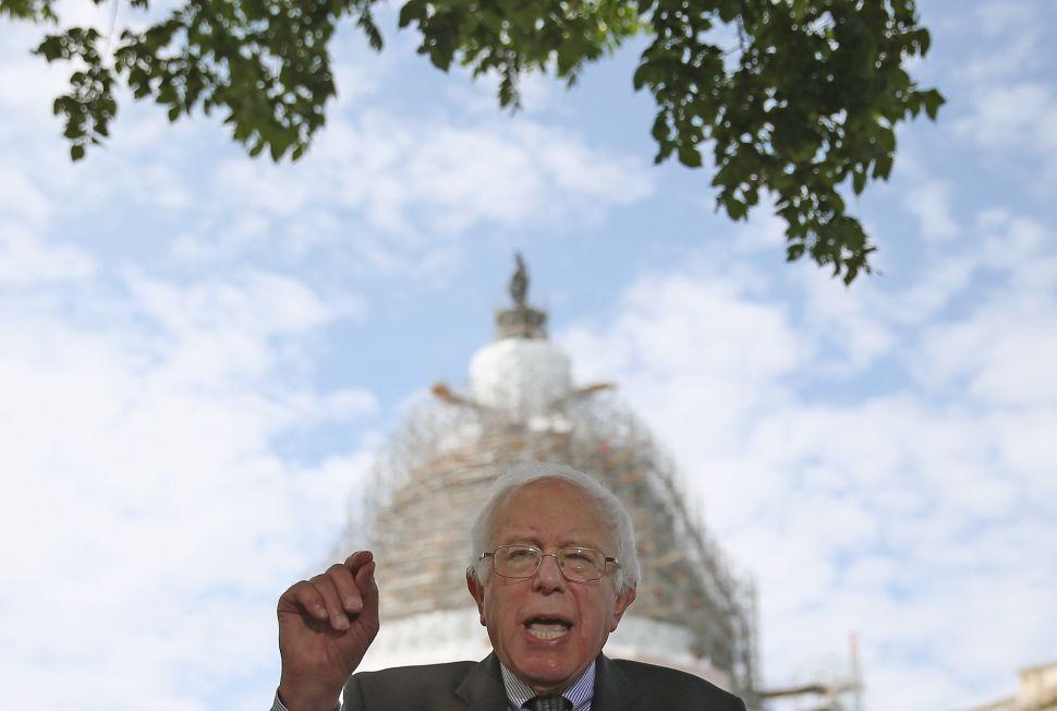 Bernie Sanders, Running for President, Promises a 'Political Revolution'