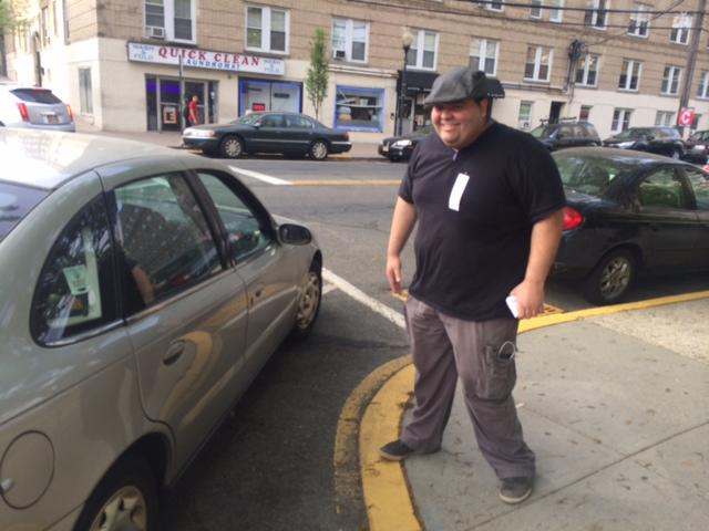 West New York mayor's race: Munoz in the street in Roque voter-rich district