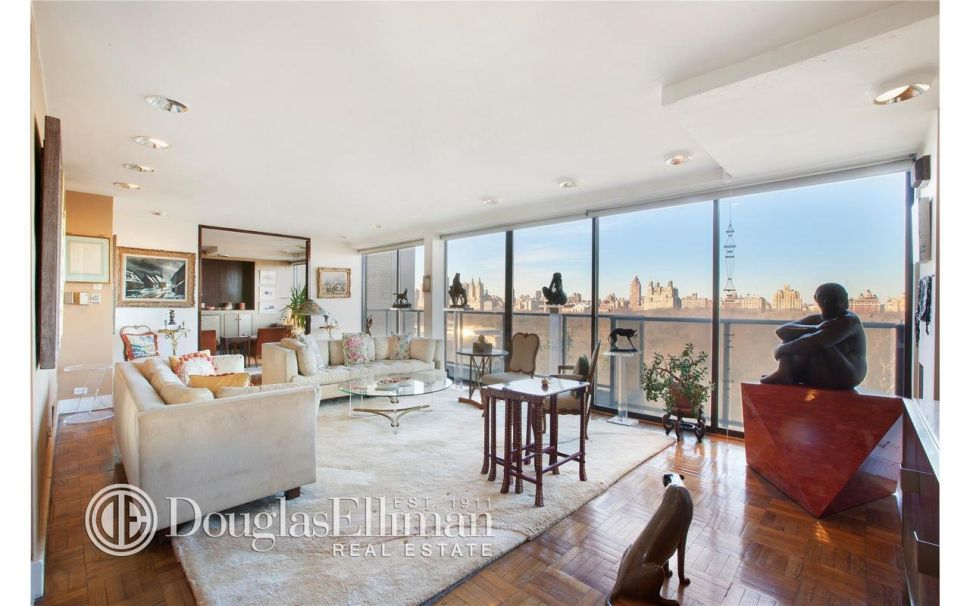 On the Market: Paul McCartney Moves to Fifth Avenue and Neverland Lists for $100M
