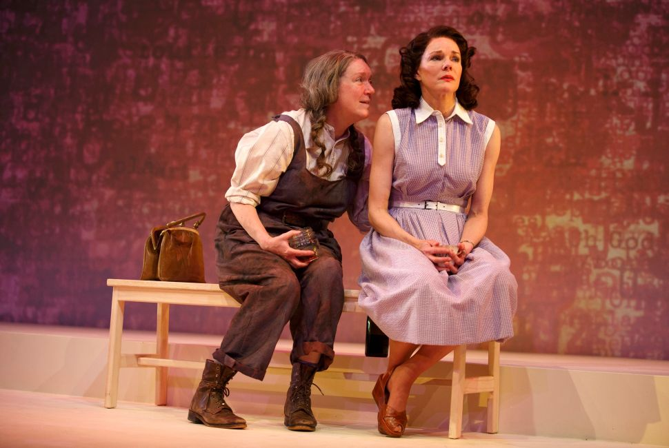 A Wrinkle in Time: A. R. Gurney's 'What I Did  Last Summer' Returns to the Stage