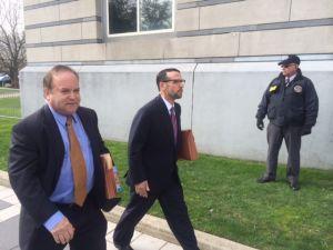 David Wildstein walking into court. (Photo: PolitickerNJ)