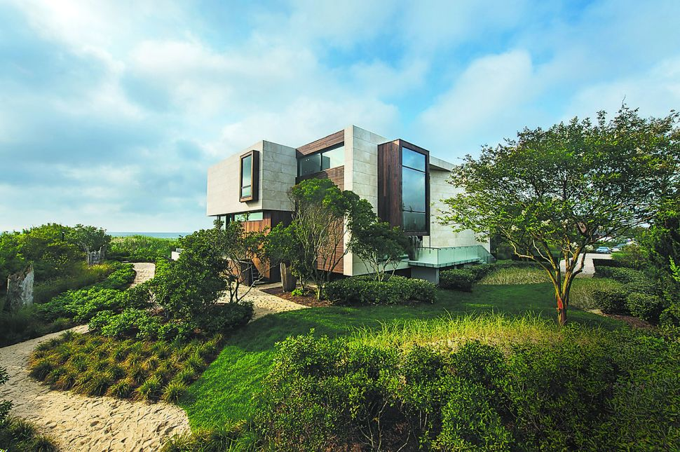 Sea Change: Hamptons Landscape Design Forsakes Traditional for Contemporary