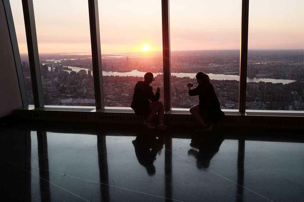 Afternoon Bulletin: Are WTC Observatory Tickets a Fair Deal?