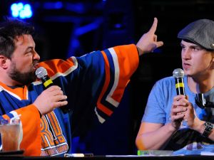 "LAS VEGAS, NV - NOVEMBER 04: Writer/director Kevin Smith (L) and actor Jason Mewes perform their comedy podcast, ""Jay & Silent Bob Get Old"" at the Hard Rock Cafe on the Strip November 4, 2011 in Las Vegas, Nevada."