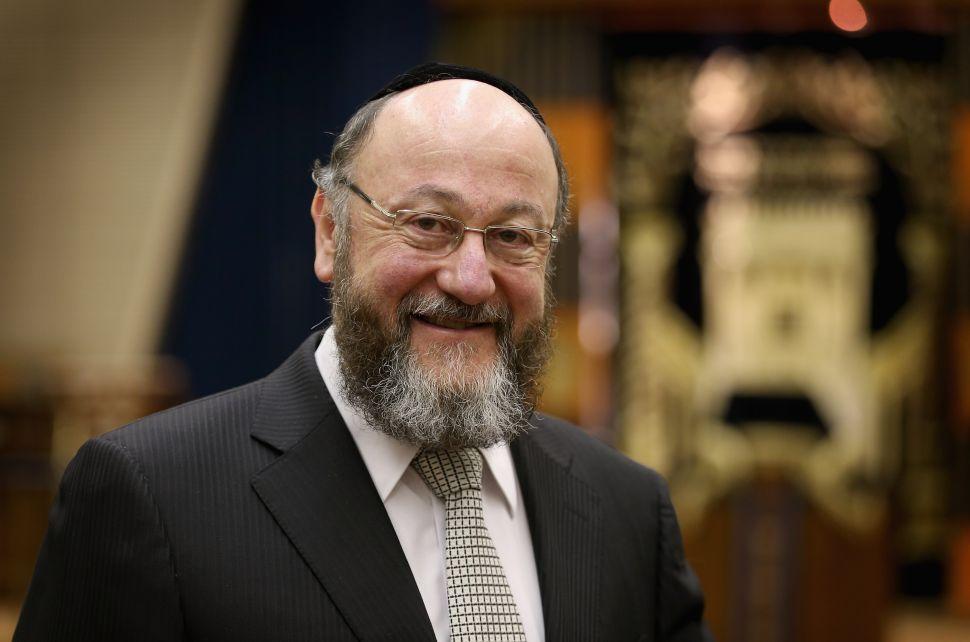 Legendary Rabbi of England Calls for Jewish Surrender in Europe