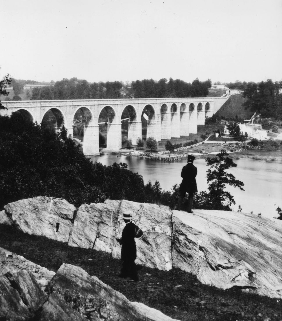 How the High Bridge Rose From Ruin