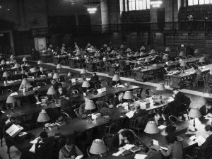 circa 1950: One wing of the main reading room in the New York Public Library which houses the largest private collection in the USA. (Photo by Three Lions/Getty Images)