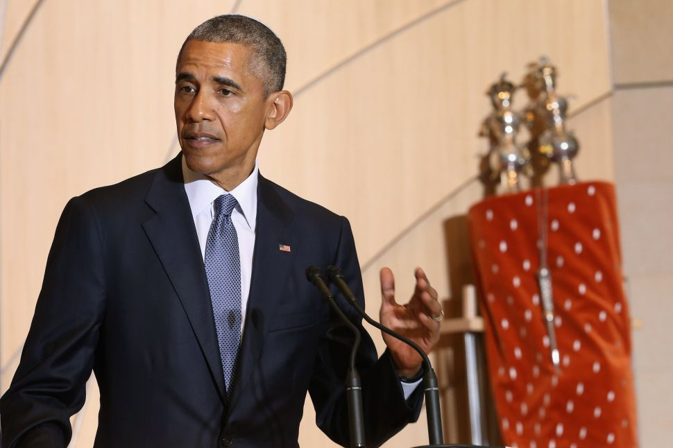 President Obama Goes to Shul and Teaches Us a Lesson