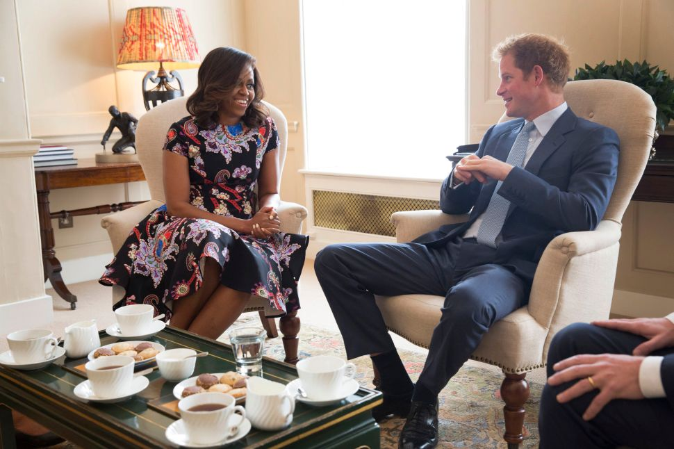Proof That the Obamas and the British Royal Family Are BFFs