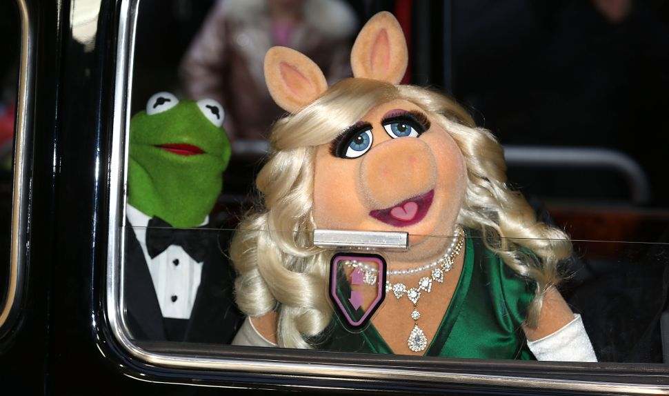The Sackler Center First Awards Will Honor Miss Piggy