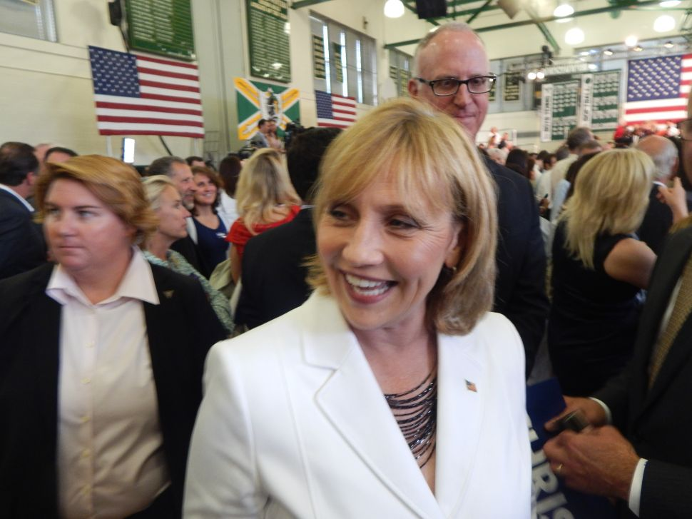 PNJ Poll: Is Chris Christie's Public Disrespect of Kim Guadagno Good for Her Guv Run?