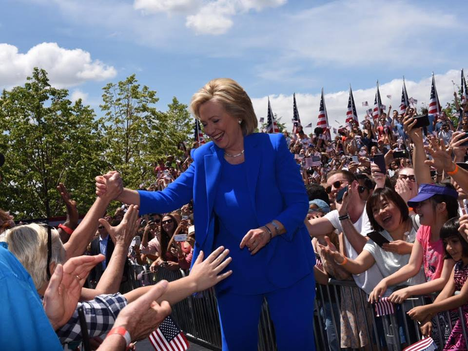 Supporters and Opponents of Hillary Clinton Converge on Roosevelt Island