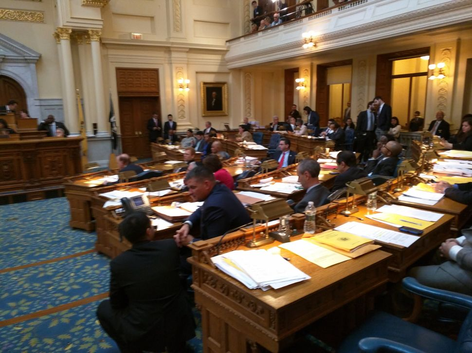 Some Assembly Dems vote no on corporate business tax