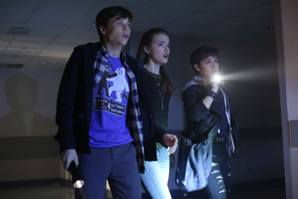 'Scream' Pilot Uses Gore and Cheap Thrills to Mask a Cliche Teen Drama