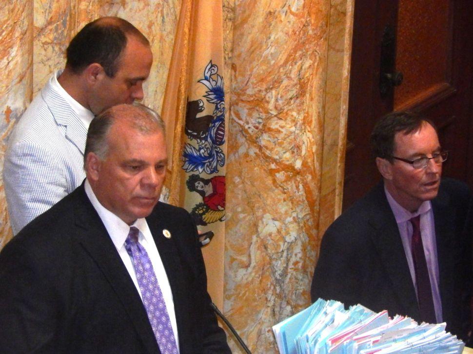 Senate FY2016 Budget vote a bore snore as Dems pass it 24-16