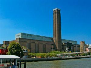 Tate Modern, as viewed from the Thames. (Courtesy: Wikipedia)