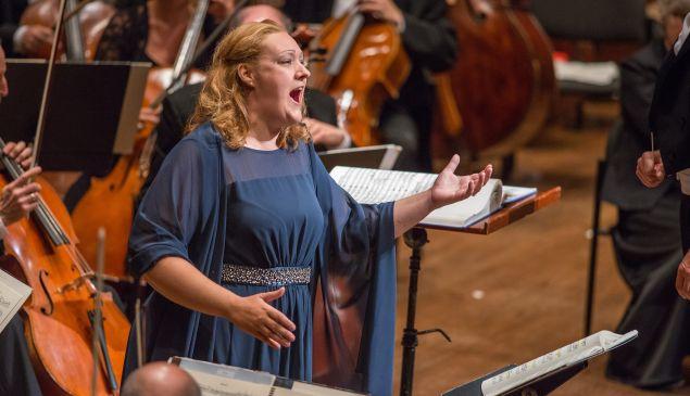 Regine Hangler in a superb production of Daphne. (Photo: ©Stephanie Berger)