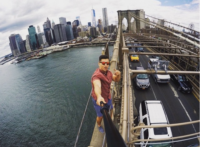Brooklyn Bridge Selfie Stunt Is Bad News for Urban Explorers