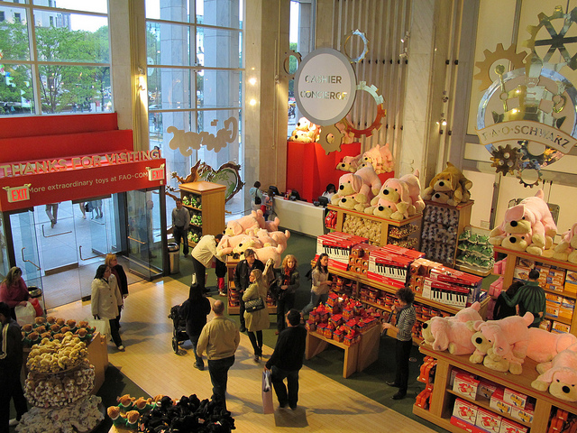 On the Market: FAO Schwarz Closes; CB Approves Brooklyn Heights Library Redevelopment