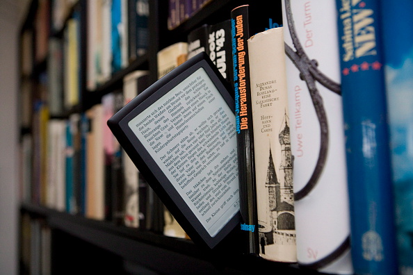 Summary E-books: For Readers That Don't Want to Read 'The Long Version'