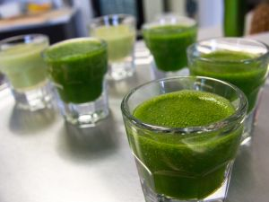 Various green shakes (photo: Steven Depolo)