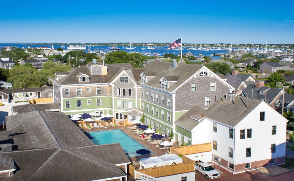 Martha's Vineyard or Nantucket: Which Is Right for You?