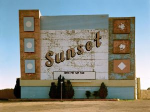 Stephen Shore's Sunset Drive In, West 9th Avenue, Amarillo, Texas, 1974. (Photo: Courtesy of Recontres d'Arles)