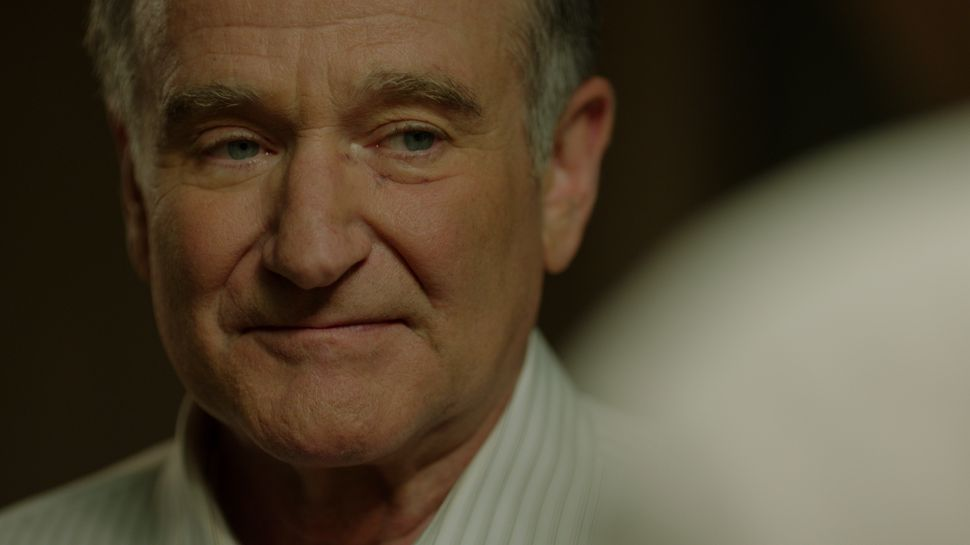 Robin Williams' Final Film Tolls a Wonderful Bell for the Legacy of a Great Career