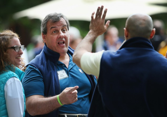 Christie Clashes with Paul in FOX Debate
