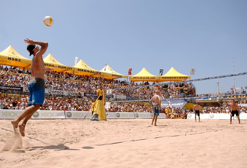 The AVP Pro Beach Volleyball Tour Is Coming to Lower Manhattan