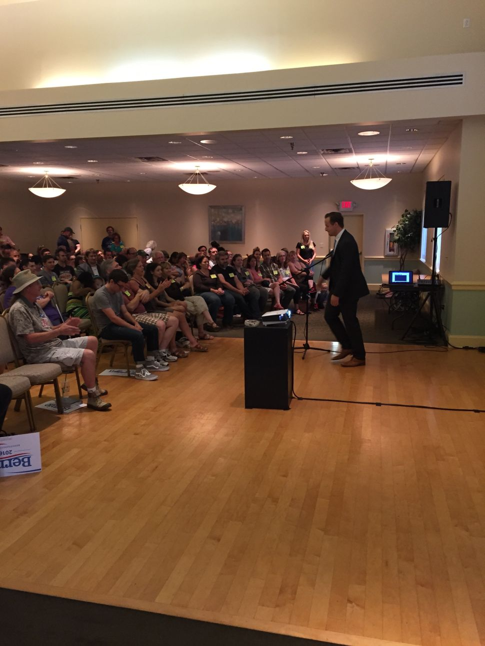 Laying Down the Law: South Jersey Welcomes Sanders at Live Telecast