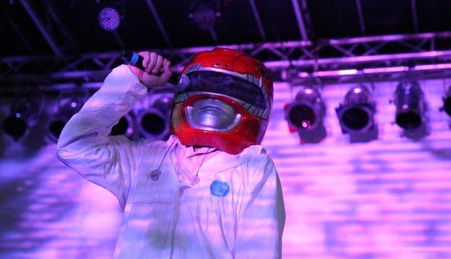 Gruff Rhys of Super Furry Animals at 4 Knots (Photo by Justin Joffe/ Observer)