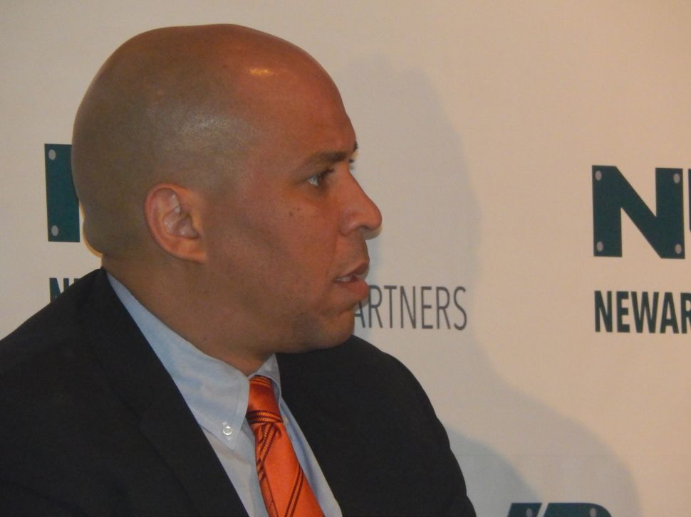 Sources: Booker brings Christie, Foxx Together for Scheduled Transportation Sit-Down