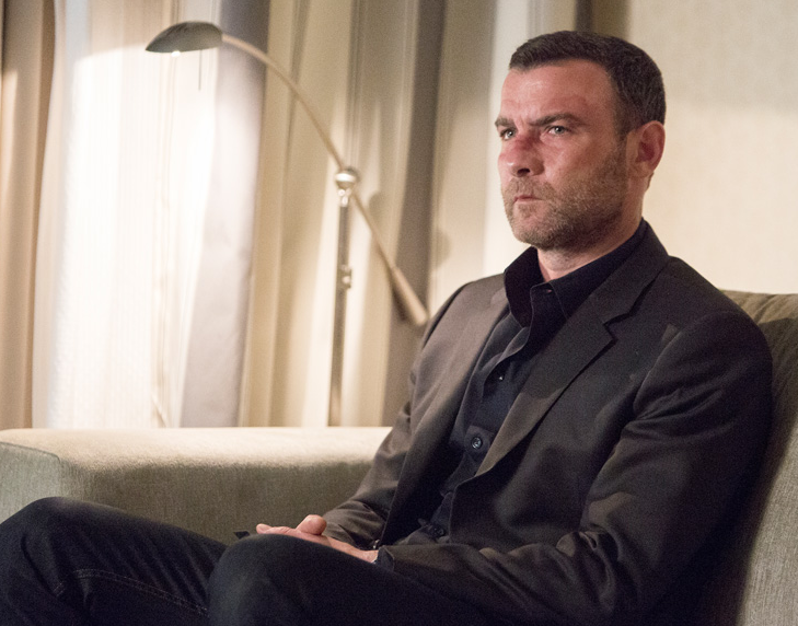 'Ray Donovan' Recap 3×3: 'Come and Knock on Our Door'