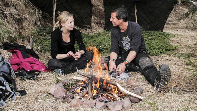'Running Wild' Season 2 Premiere: Kate Hudson Battles Pigeons and WWII Ghosts