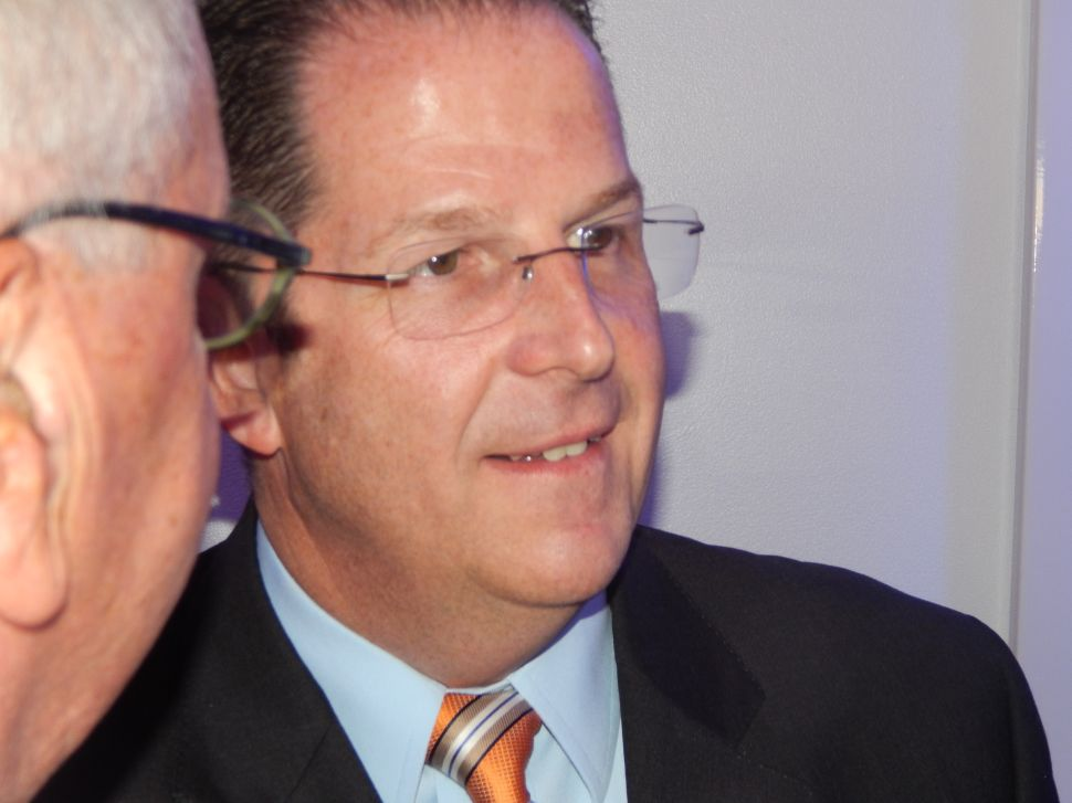 Stack, philosophical at his fundraiser, can't suppress Hudson political designs