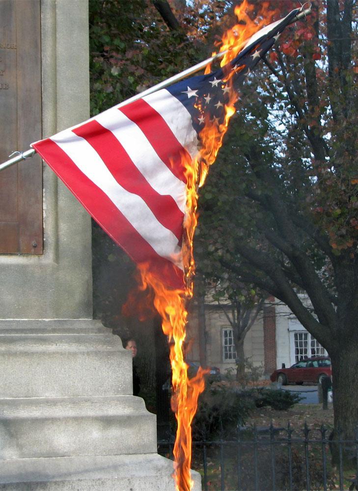 Afternoon Bulletin: Protestors Clash At Fort Greene Flag Burning