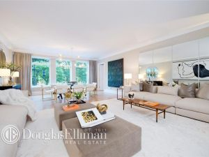 Yup, another 15 CPW apartment is up for grabs. (Douglas Elliman)