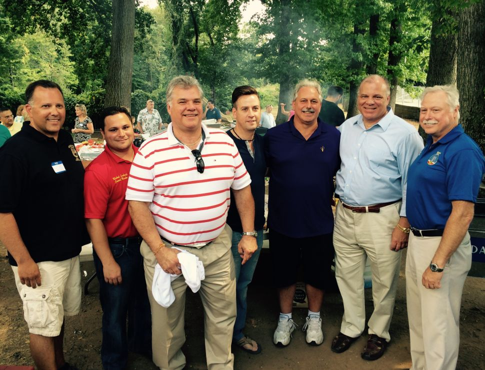 Democratic Contenders Party with Hahn at Annual Edison Picnic