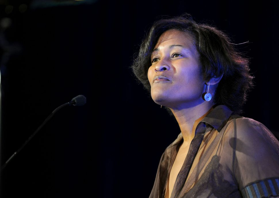 BREAKING: Cheryl Mills to Destroy Emails About Boss Hillary Clinton