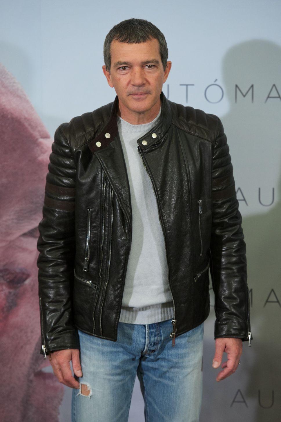 Antonio Banderas Follows His Dream and Enrolls in Fashion School